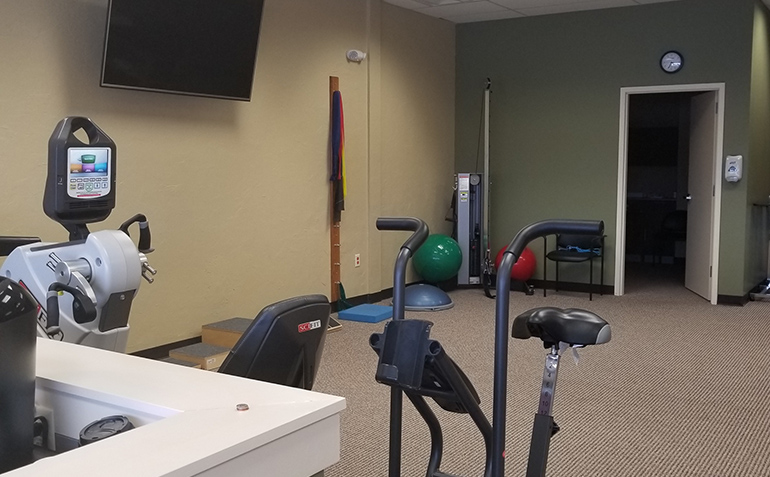 SERC Physical Therapy in South Overland Park, KS (Stanley) Clinic Interior
